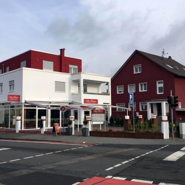 Neubau Eisdiele und 3 Wohnungen in Jügesheim